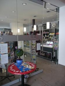Eingang zum Café / Kiosk